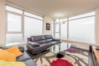 """Photo 5: 2401 608 BELMONT Street in New Westminster: Uptown NW Condo for sale in """"VICEROY """"BY BOSA"""""""" : MLS®# R2159779"""