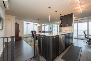 """Photo 10: 2401 608 BELMONT Street in New Westminster: Uptown NW Condo for sale in """"VICEROY """"BY BOSA"""""""" : MLS®# R2159779"""