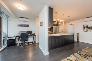 """Photo 12: 2401 608 BELMONT Street in New Westminster: Uptown NW Condo for sale in """"VICEROY """"BY BOSA"""""""" : MLS®# R2159779"""