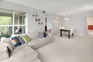 "Photo 5: 205 3050 DAYANEE SPRINGS BL in Coquitlam: Westwood Plateau Condo for sale in ""BRIDGES"" : MLS®# R2160778"