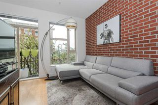 "Photo 2: 206 205 E 10TH Avenue in Vancouver: Mount Pleasant VE Condo for sale in ""THE HUB"" (Vancouver East)  : MLS®# R2169420"