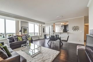 Photo 4: 2707 3880 Duke Of York Boulevard in Mississauga: City Centre Condo for sale : MLS®# W3836960