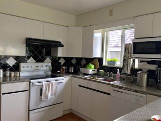 "Photo 3: 2814 W 11TH Avenue in Vancouver: Kitsilano House for sale in ""Kitsilano"" (Vancouver West)  : MLS®# R2176214"