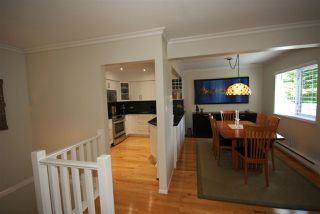 """Photo 3: 1310 W 7TH Avenue in Vancouver: Fairview VW Townhouse for sale in """"FAIRVIEW VILLAGE"""" (Vancouver West)  : MLS®# R2177755"""