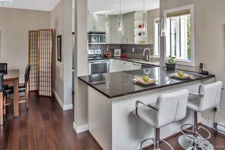 Photo 3: 205 406 Simcoe St in VICTORIA: Vi James Bay Condo Apartment for sale (Victoria)  : MLS®# 762231