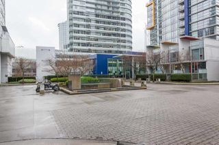 """Photo 1: 503 668 CITADEL PARADE in Vancouver: Downtown VW Condo for sale in """"SPECTRUM 2"""" (Vancouver West)  : MLS®# R2182460"""
