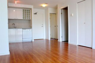 """Photo 8: 503 668 CITADEL PARADE in Vancouver: Downtown VW Condo for sale in """"SPECTRUM 2"""" (Vancouver West)  : MLS®# R2182460"""