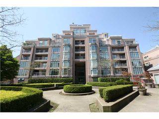Photo 3: # 803 2468 E BROADWAY BB in Vancouver: Renfrew VE Condo for sale (Vancouver East)  : MLS®# V951307