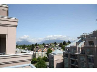 Photo 2: # 803 2468 E BROADWAY BB in Vancouver: Renfrew VE Condo for sale (Vancouver East)  : MLS®# V951307