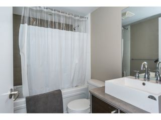 "Photo 14: 1804 13688 100 Avenue in Surrey: Whalley Condo for sale in ""Park Place"" (North Surrey)  : MLS®# R2207915"