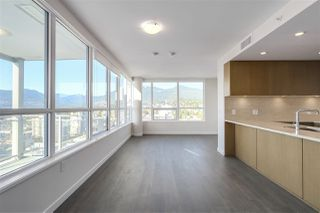 Photo 12: 1907 125 E 14TH Street in North Vancouver: Central Lonsdale Condo for sale : MLS®# R2218082