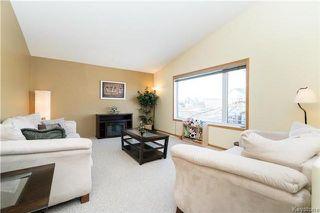 Photo 2: 68 Montvale Crescent in Winnipeg: Royalwood Residential for sale (2J)  : MLS®# 1801780