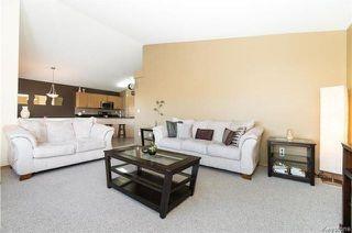 Photo 3: 68 Montvale Crescent in Winnipeg: Royalwood Residential for sale (2J)  : MLS®# 1801780