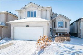 Photo 1: 68 Montvale Crescent in Winnipeg: Royalwood Residential for sale (2J)  : MLS®# 1801780