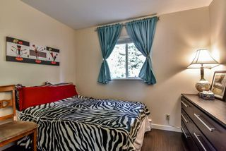 "Photo 17: 4 10086 154 Street in Surrey: Guildford Townhouse for sale in ""Woodland Grove"" (North Surrey)  : MLS®# R2238657"