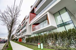 Photo 2: 703 5699 BAILLIE Street in Vancouver: Oakridge VW Condo for sale (Vancouver West)  : MLS®# R2238857