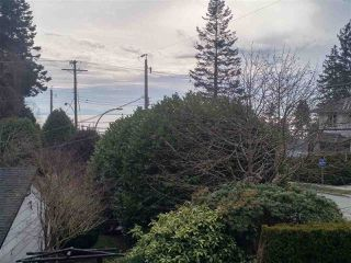 Photo 2: 1410 BERGSTROM Road: White Rock House for sale (South Surrey White Rock)  : MLS®# R2240280