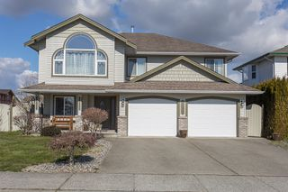Photo 1: 34711 6th Avenue in Abbotsford: Poplar House for sale : MLS®# R2244230