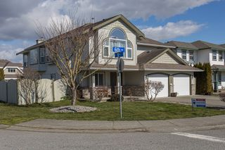 Photo 2: 34711 6th Avenue in Abbotsford: Poplar House for sale : MLS®# R2244230