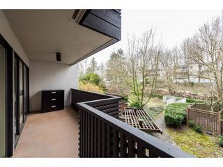 "Photo 2: 203 1945 WOODWAY Place in Burnaby: Brentwood Park Condo for sale in ""Hillside Terrace"" (Burnaby North)  : MLS®# R2249414"