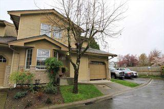 "Photo 2: 16 11580 BURNETT Street in Maple Ridge: East Central Townhouse for sale in ""CEDAR ESTATES"" : MLS®# R2258673"
