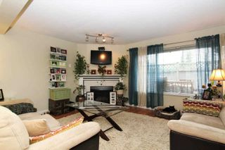 "Photo 8: 16 11580 BURNETT Street in Maple Ridge: East Central Townhouse for sale in ""CEDAR ESTATES"" : MLS®# R2258673"