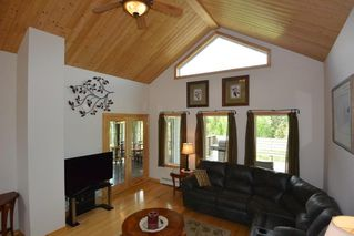 Photo 6: 3543 BANFF Avenue in Smithers: Smithers - Rural House for sale (Smithers And Area (Zone 54))  : MLS®# R2271804