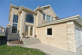 Main Photo: 12 Amber Trail in Winnipeg: Residential for sale (4F)  : MLS®# 1813577