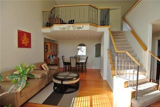 Photo 2: 12 Amber Trail in Winnipeg: Residential for sale (4F)  : MLS®# 1813577