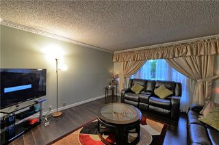 Photo 13: 67 CEDARDALE Crescent SW in Calgary: Cedarbrae House for sale : MLS®# C4190316