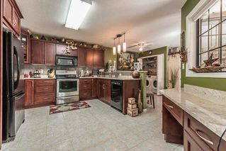 """Photo 2: 15 9515 WOODBINE Street in Chilliwack: Chilliwack E Young-Yale Townhouse for sale in """"Woodbine Place"""" : MLS®# R2303254"""