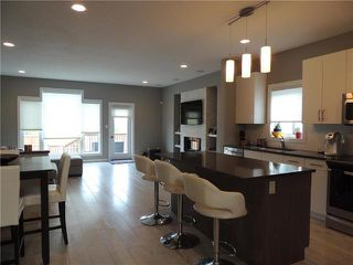Photo 5: 294 Philip Lee Drive in Winnipeg: Transcona Residential for sale (3K)  : MLS®# 1900642