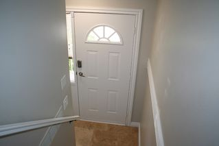 """Photo 3: 44 3087 IMMEL Street in Abbotsford: Central Abbotsford Townhouse for sale in """"Clayburn Estates"""" : MLS®# R2339590"""