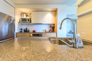 Photo 3: 611 2851 HEATHER Street in Vancouver: Fairview VW Condo for sale (Vancouver West)  : MLS®# R2345271