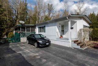 """Photo 2: 21 45955 SLEEPY HOLLOW Road: Cultus Lake Manufactured Home for sale in """"Liumchen Mobile Home Park"""" : MLS®# R2347730"""