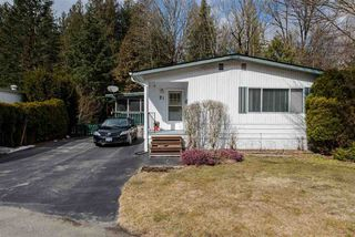 """Photo 1: 21 45955 SLEEPY HOLLOW Road: Cultus Lake Manufactured Home for sale in """"Liumchen Mobile Home Park"""" : MLS®# R2347730"""