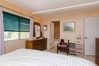 """Photo 15: 21 45955 SLEEPY HOLLOW Road: Cultus Lake Manufactured Home for sale in """"Liumchen Mobile Home Park"""" : MLS®# R2347730"""