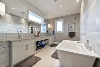 Photo 13: 3444 KESWICK Boulevard in Edmonton: Zone 56 House for sale : MLS®# E4149250