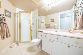 """Photo 11: 701 15038 101 Avenue in Surrey: Guildford Condo for sale in """"Guildford Marquis"""" (North Surrey)  : MLS®# R2355943"""