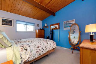 """Photo 8: 5984 135A Street in Surrey: Panorama Ridge House for sale in """"Panorama Park"""" : MLS®# R2358644"""