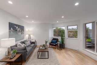 """Main Photo: 105 1365 W 4TH Avenue in Vancouver: False Creek Townhouse for sale in """"Granville Island Village"""" (Vancouver West)  : MLS®# R2362133"""