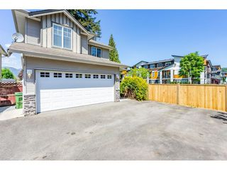 Photo 2: 2 46573 YALE Road in Chilliwack: Chilliwack E Young-Yale House for sale : MLS®# R2366348