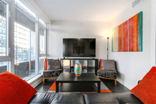 "Photo 3: 712 1372 SEYMOUR Street in Vancouver: Downtown VW Condo for sale in ""THE MARK"" (Vancouver West)  : MLS®# R2366295"