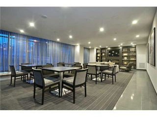 "Photo 18: 712 1372 SEYMOUR Street in Vancouver: Downtown VW Condo for sale in ""THE MARK"" (Vancouver West)  : MLS®# R2366295"