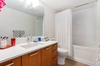 "Photo 11: 712 1372 SEYMOUR Street in Vancouver: Downtown VW Condo for sale in ""THE MARK"" (Vancouver West)  : MLS®# R2366295"