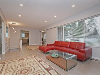 Photo 5: 11968 HALL Street in Maple Ridge: West Central House for sale : MLS®# R2366979