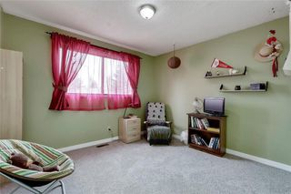 Photo 29: 7 WOODGREEN Crescent SW in Calgary: Woodlands Detached for sale : MLS®# C4245286