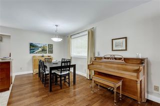 Photo 7: 7 WOODGREEN Crescent SW in Calgary: Woodlands Detached for sale : MLS®# C4245286
