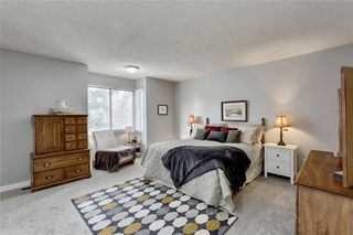 Photo 23: 7 WOODGREEN Crescent SW in Calgary: Woodlands Detached for sale : MLS®# C4245286
