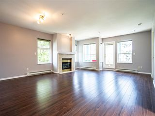 "Photo 4: 303 10668 138 Street in Surrey: Whalley Condo for sale in ""CRESTVIEW GARDENS"" (North Surrey)  : MLS®# R2375718"